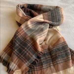 H&M soft blanket scarf